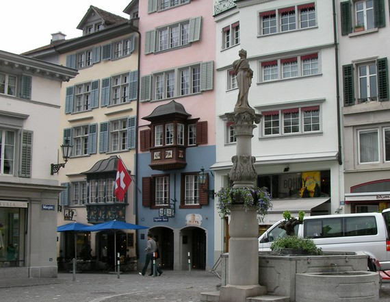 Zsalugáterek, spaletták Zürich