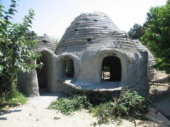 földzsák házak